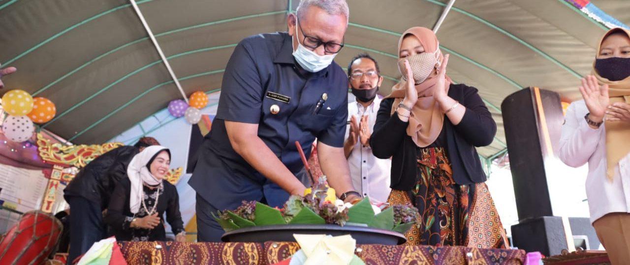 Dihadiri Bupati, Desa Kertayuga Nusaherang Peringati Milangkala Desa ke 75 Tahun